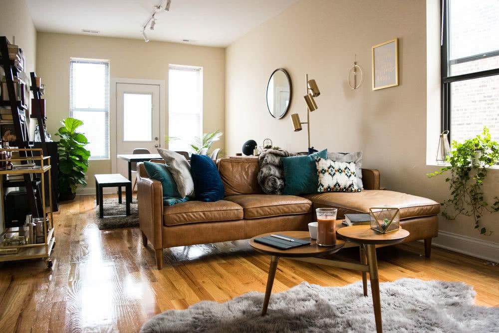 Mid-century lounge room